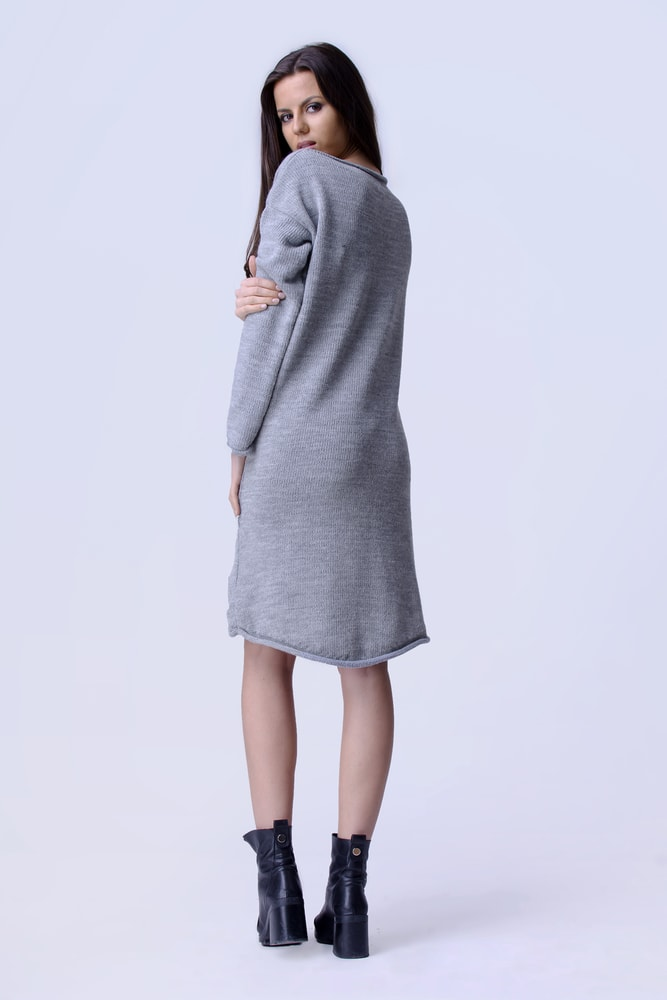 2374fa3e376e Krasaprozeny.cz - Moderní pletené delší šaty - grey - Sukně