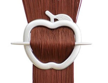Spona na záclonu jablko - stříbrná 1ks